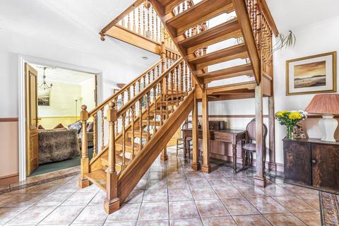 5 bedroom detached house for sale - Upper Chobham Road, Camberley, GU15