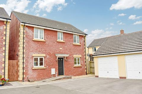 3 bedroom detached house for sale - Maes yr Eithin, Coity, Bridgend. CF35 6BJ