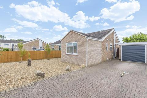 2 bedroom bungalow for sale - Bicester, OX26, OX26