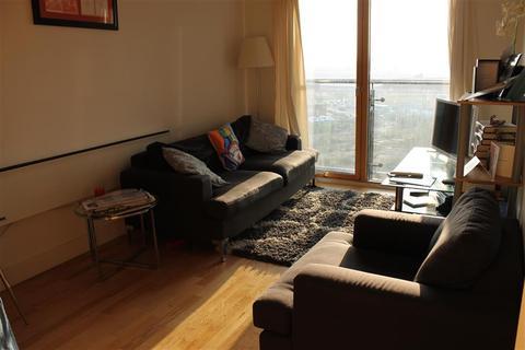 1 bedroom flat for sale - La Salle, Clarence Dock, Leeds, LS10 1NG