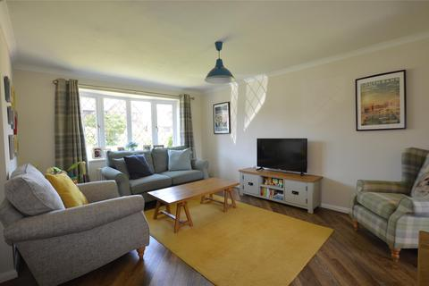 4 bedroom detached house for sale - Sturmer Close, Yate, BRISTOL, BS37 5UR