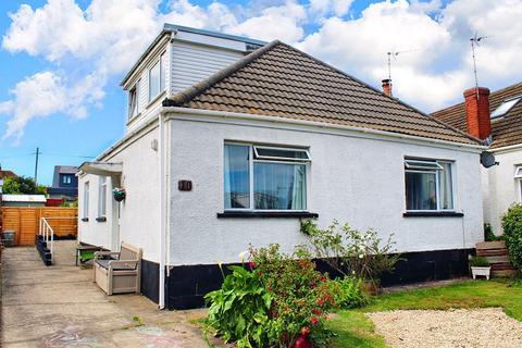 4 bedroom bungalow for sale - Belvedere Close, Kittle, Swansea, City & County of Swansea. SA3 3LA