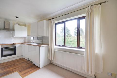 1 bedroom flat to rent - The Avenue, Northwood, HA6 2NQ