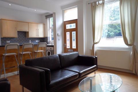 4 bedroom terraced house to rent - Salisbury Grove, Leeds, West Yorkshire, LS12