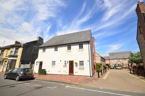 3 bedroom cottage to rent - Old London Road Brighton BN1
