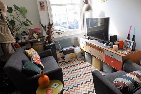 1 bedroom flat to rent - Powis Square, Brighton, BN1