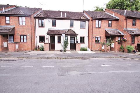 2 bedroom terraced house to rent - Pages Lane, UXBRIDGE, Greater London