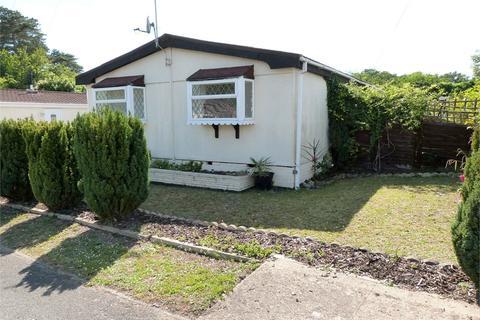 2 bedroom park home for sale - Wyatts Covert, Denham, Buckinghamshire