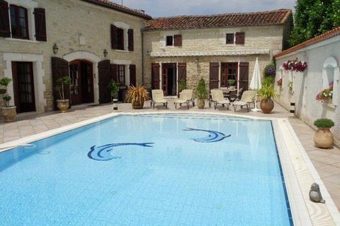 5 bedroom flat - Nouvelle-Aquitaine, Charente, France