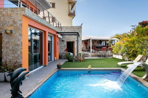 4 bedroom villa - Las Palmas de Gran Canaria, 35001, Spain