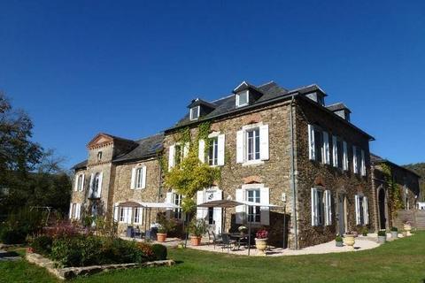 18 bedroom castle - Occitanie, Aveyron, France