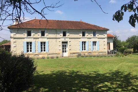 10 bedroom house - Nouvelle-Aquitaine, Charente, France