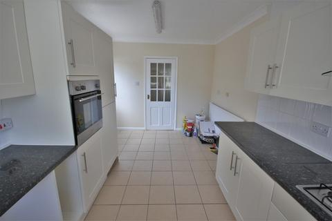 4 bedroom detached house to rent - Springfield Road, Chelmsford
