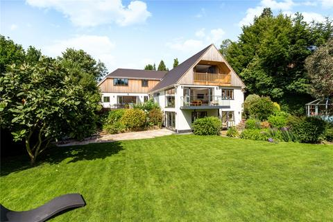 5 bedroom detached house for sale - Tree Way, Reigate, Surrey, RH2