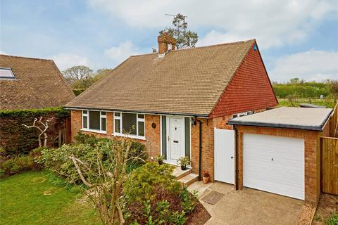 3 bedroom detached bungalow to rent - Limden Close, Stonegate, Wadhurst, East Sussex, TN5