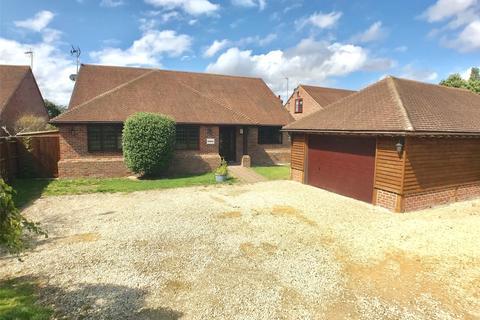 4 bedroom detached bungalow to rent - Nash Lee Lane, Wendover, Aylesbury, Buckinghamshire, HP22
