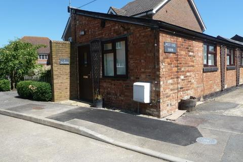 1 bedroom semi-detached house to rent - The Stables, West End Farm, West Street, Steeple Claydon, MK18 2NS
