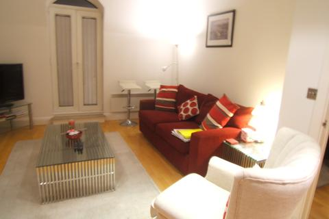 1 bedroom flat to rent - Thames Edge, Clarence Street, Staines, Middlesex, TW18 4BU