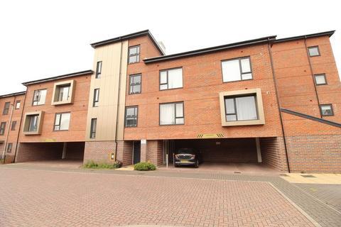 2 bedroom apartment for sale - Swanside Court, Brownhills