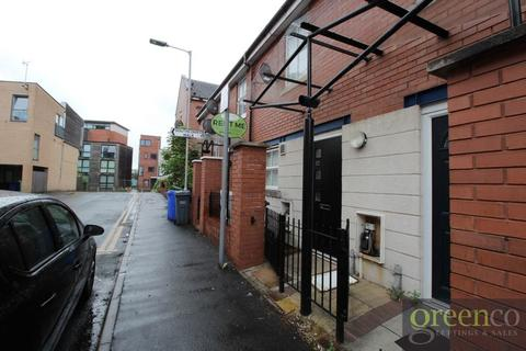 2 bedroom terraced house to rent - Peregrine Street, Manchester