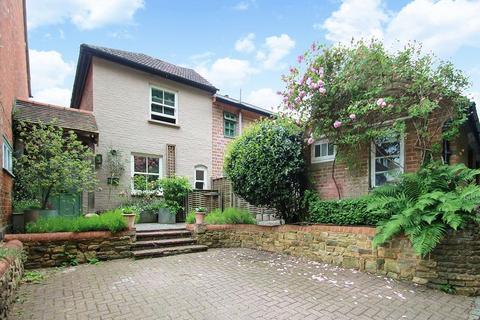 2 bedroom semi-detached house to rent - Snowdenham Lane, Bramley