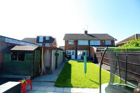 3 bedroom semi-detached house for sale - Carterweys, Dunstable