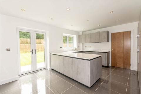 5 bedroom detached house for sale - Fallow Park, Rugeley Road, Hednesford, Cannock, WS12
