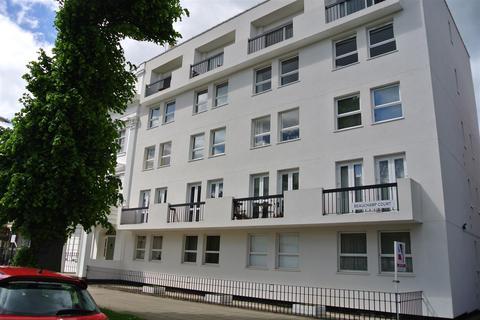 1 bedroom apartment to rent - Beauchamp Avenue, Leamington Spa