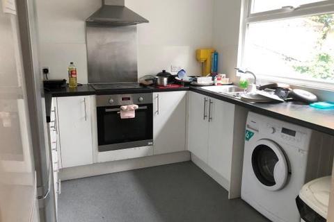 5 bedroom house to rent - Hollingdean Road, Brighton