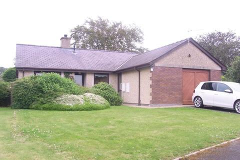 2 bedroom detached bungalow for sale - Maes Llwyd, Llanystumdwy
