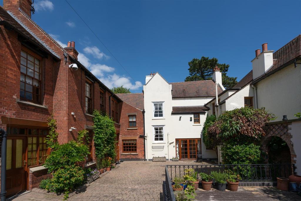 Normanton Grange 19.jpg