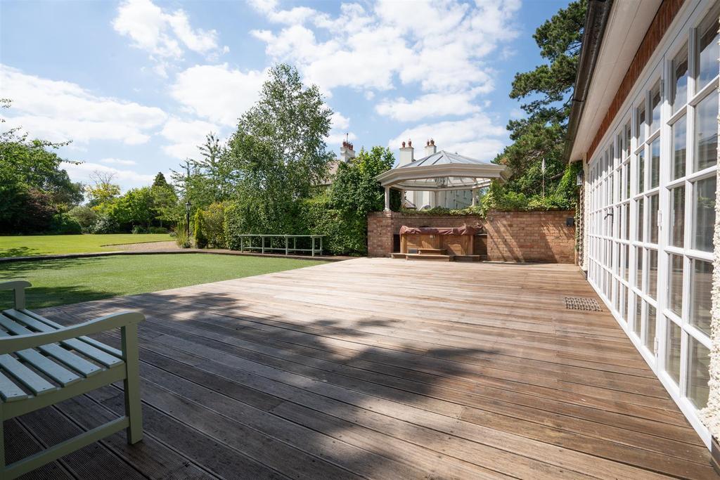 Normanton Grange 5.jpg