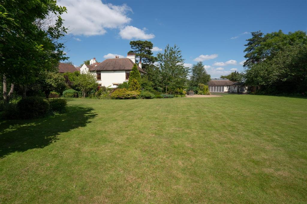 Normanton Grange 17.jpg