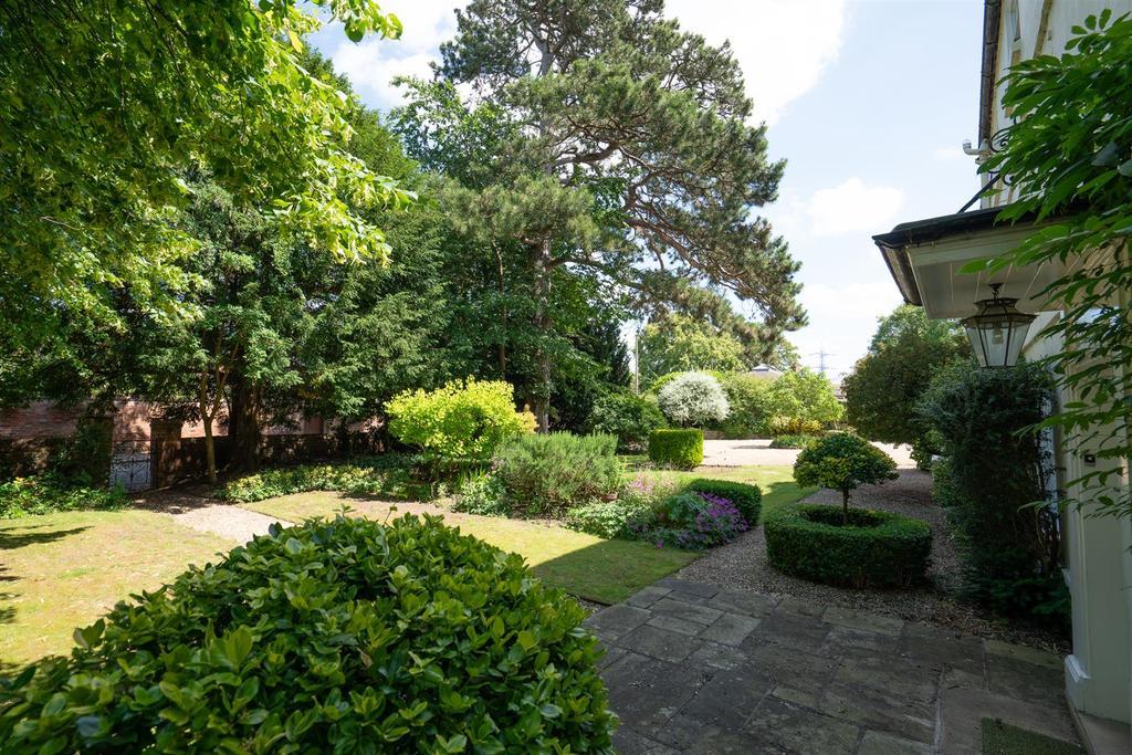 Normanton Grange 3.jpg