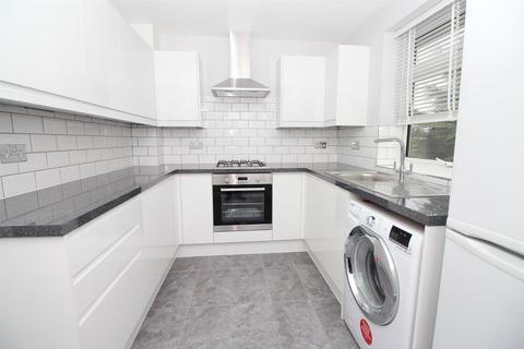 2 bedroom maisonette for sale - Halt Robin Road, Belvedere