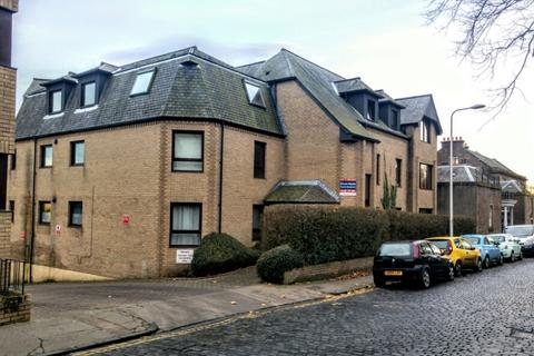 2 bedroom flat to rent - Roseangle, , Dundee, DD1 4LR