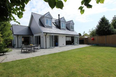4 bedroom detached house for sale - London Road, Deal, CT14