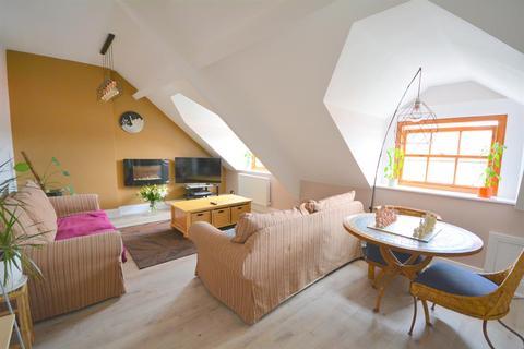 2 bedroom flat for sale - Market Place, Bishop Auckland, DL14 7NP