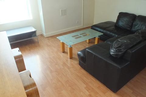 2 bedroom apartment to rent -  Harehills Avenue,  Leeds, LS8