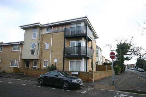 2 bedroom apartment to rent - Millbrook Road East, Southampton