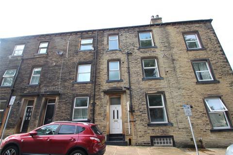 3 bedroom terraced house for sale - Prescott Street, Halifax, West Yorkshire, HX1