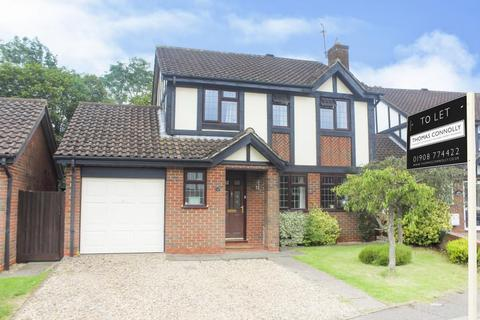 4 bedroom detached house to rent - Kestrel Way, Buckingham