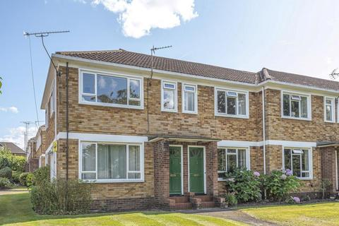 3 bedroom maisonette to rent - Abbey Court, Camberley, GU15