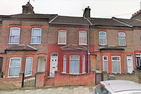 3 bedroom terraced house to rent - ash road, luton LU4
