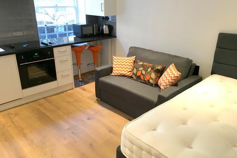 Studio to rent - Aldgate, E1