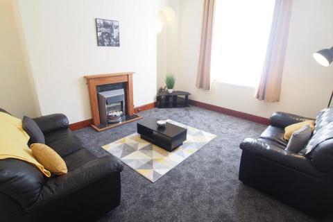 2 bedroom flat to rent - King Street, Flat H, AB24