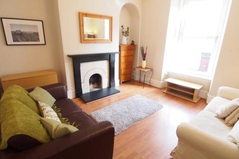 1 bedroom flat to rent - Esslemont Avenue, First Floor Left, AB25