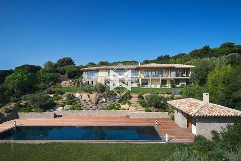 8 bedroom villa - Var, France