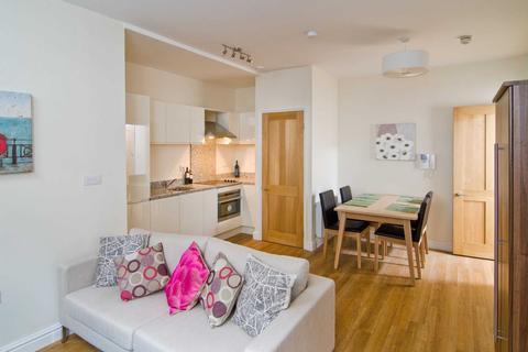 Studio to rent - Ladymead House