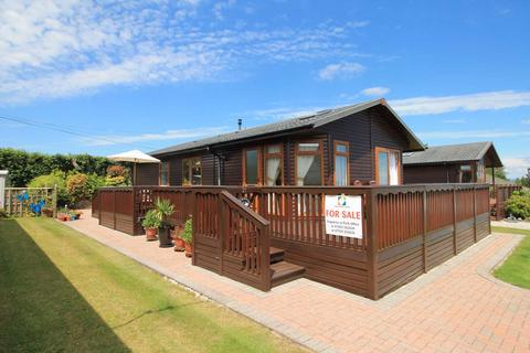 2 bedroom lodge for sale - Polperro Road, Looe